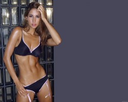 Leilani-dowding-3